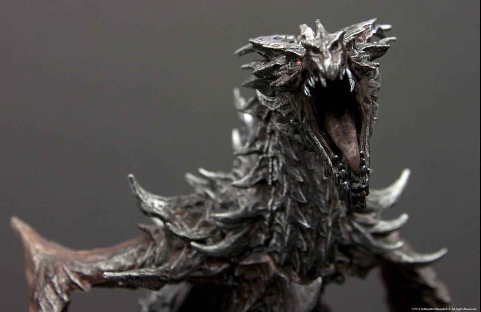 Skyrim Dragon: Elder Scrolls V: Skyrim Collectors Edition Alduin Statue